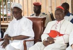 Burkina premier-ministre-Burkina-Faso-Christophe-Dabire-gauche-car-droite-4-2019_0_730_503.jpg