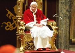 Benoît XVI sipa_00629540_000001.jpg