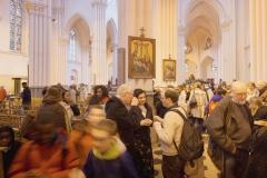 fideles-leglise-Sainte-Croix-Flagey-Bruxelles-partagent-moment-convivialitela-messe_0_729_486.jpg