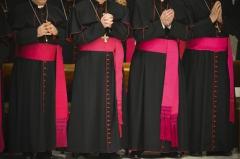 cherche évêques.jpg