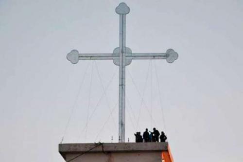 croix géante.jpg